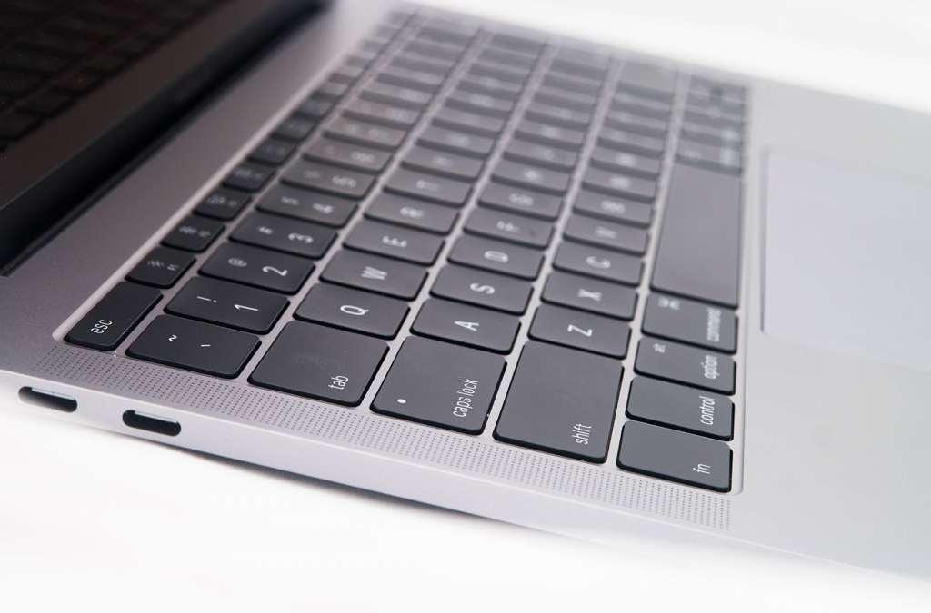 macbook-pro-entery-level-2016-08