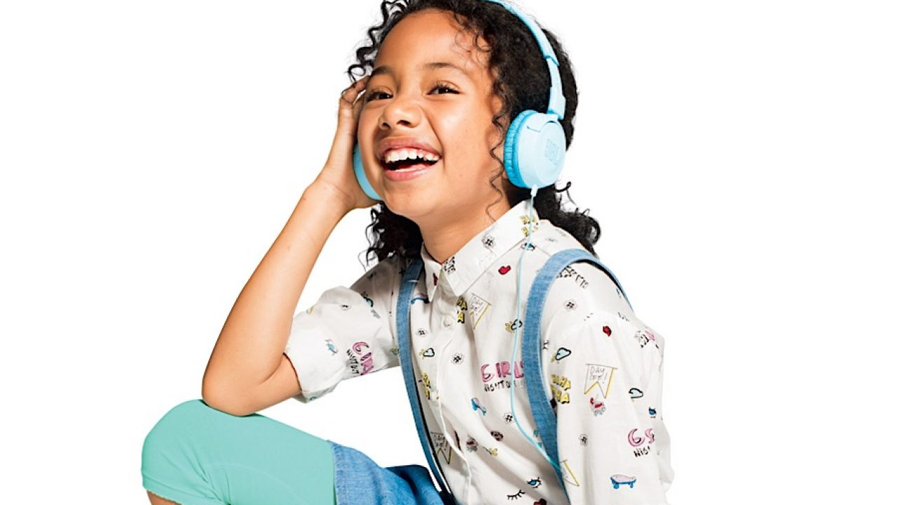 Jbl Builds Wired Wireless Headphones Made For Kids Pickr