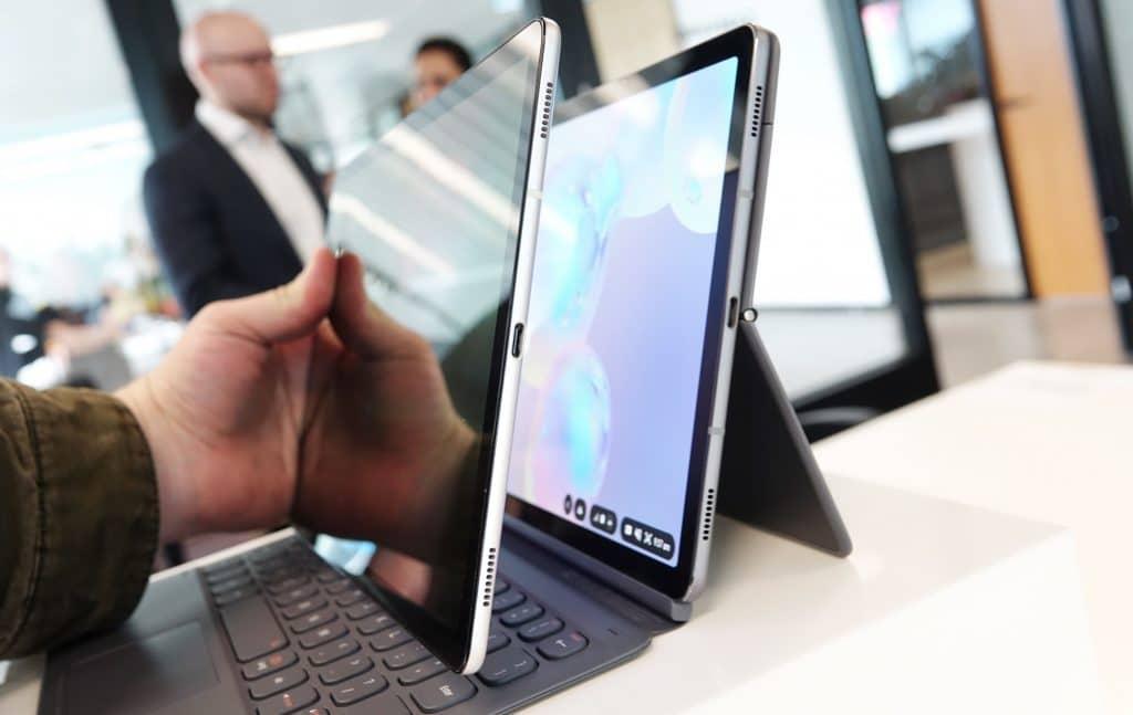Samsung Galaxy Tab S5e against the Samsung Galaxy Tab S6
