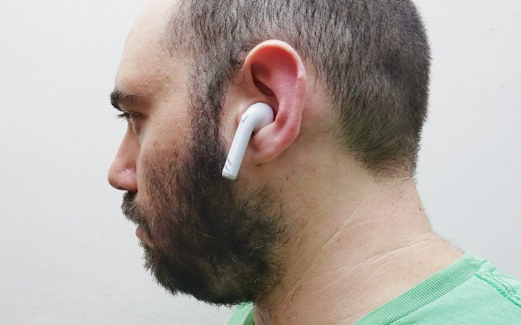 Cheap AirPods clones