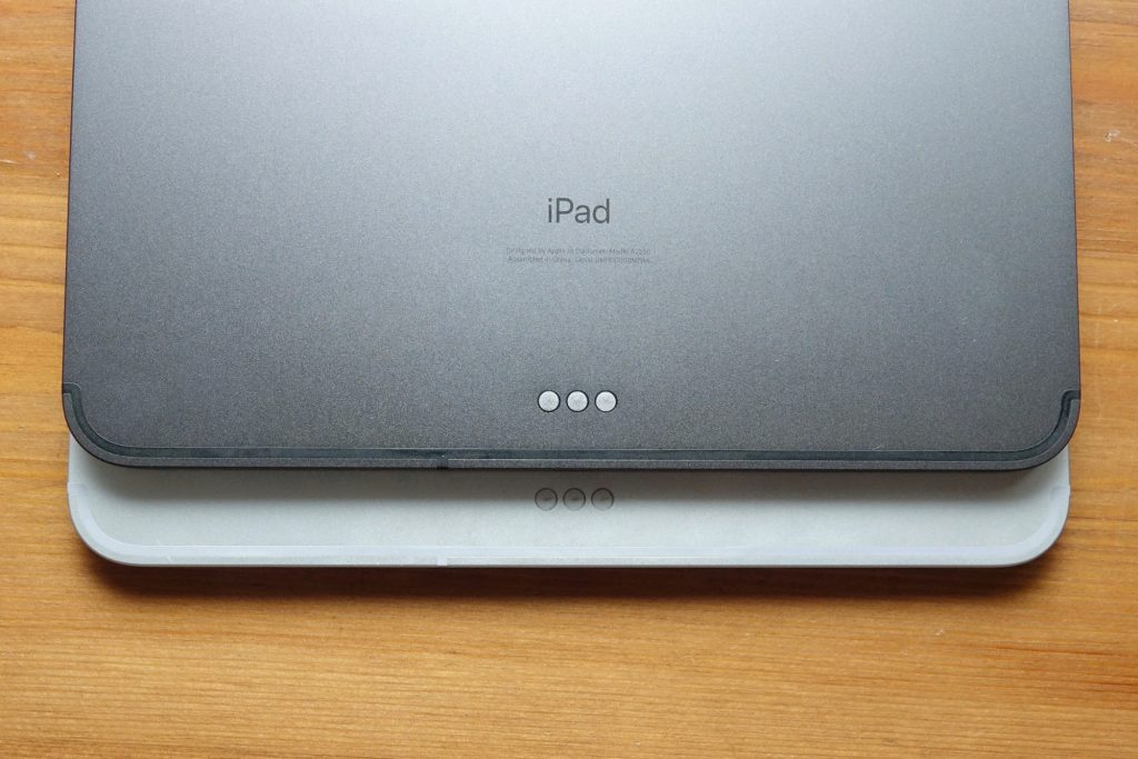 Apple iPad Pro 2020 Smart Connector on top of the 2018