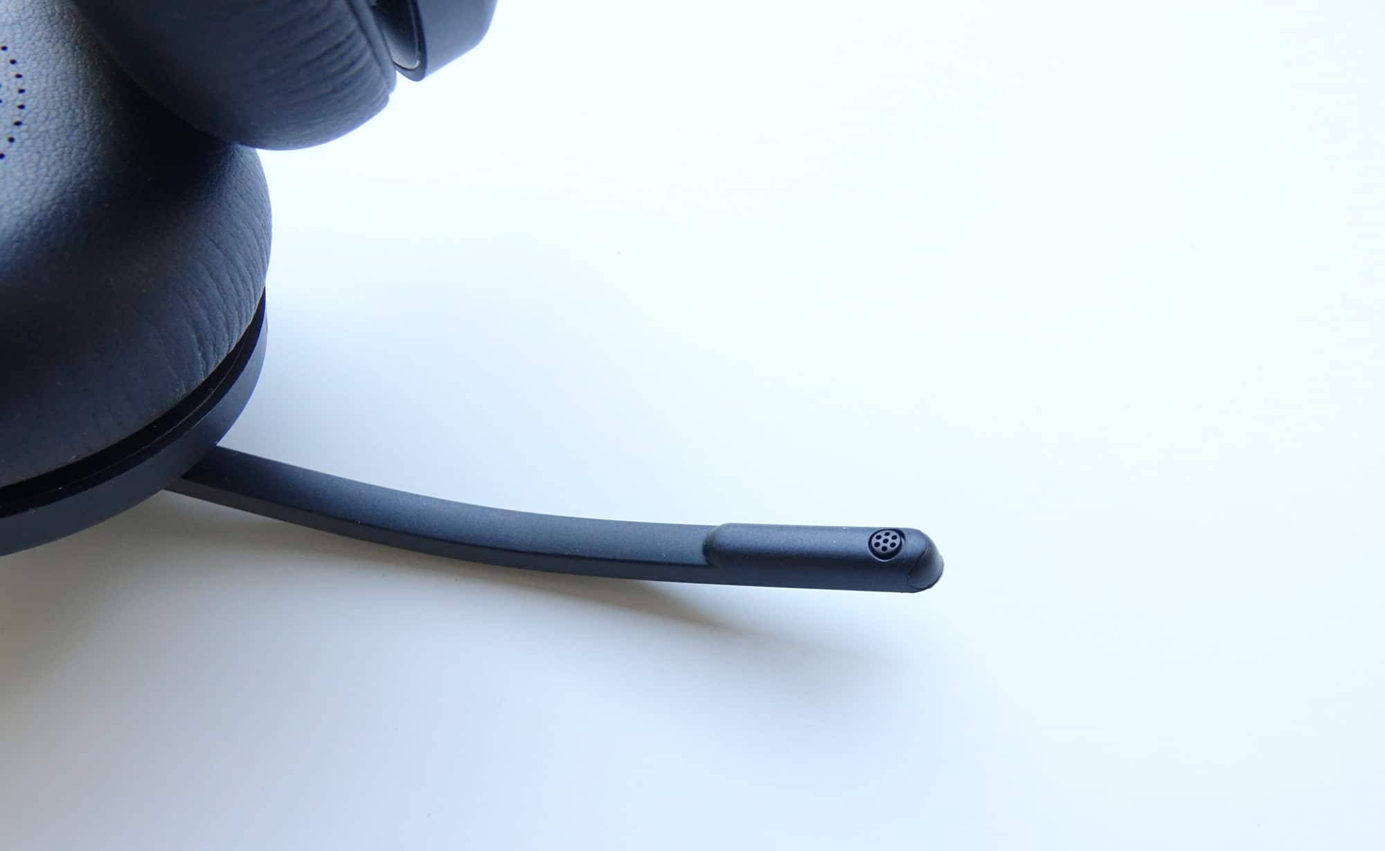 The microphone on the Jabra Evolve2 65 headset