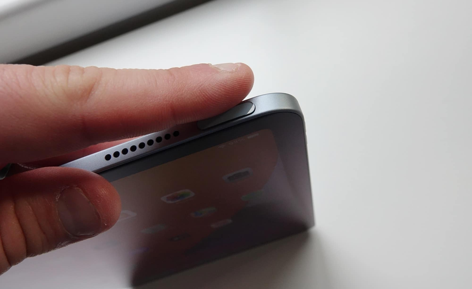 The Touch ID power button of the 2020 iPad Air