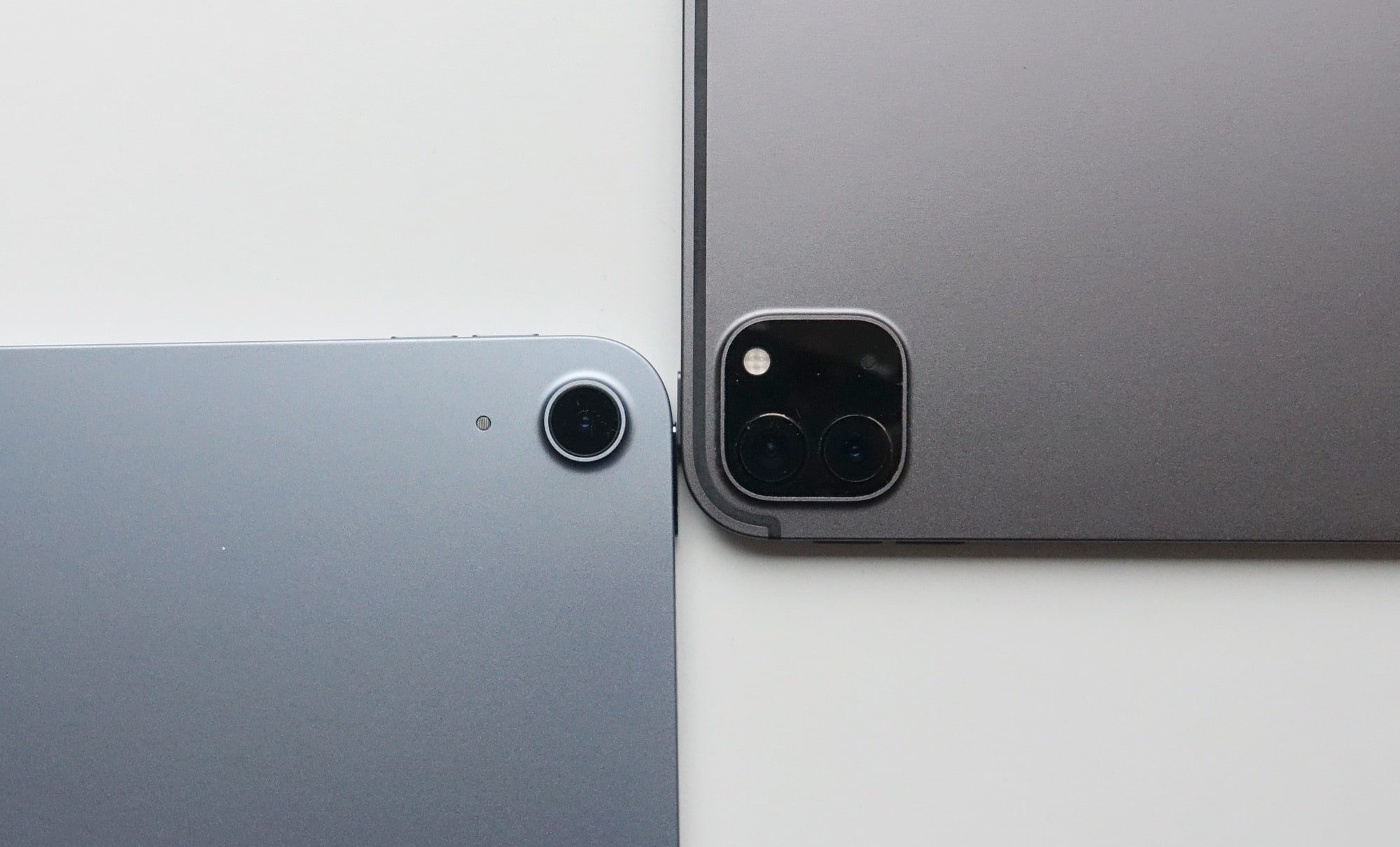Camera differences in the iPad Air (left) and iPad Pro (right)